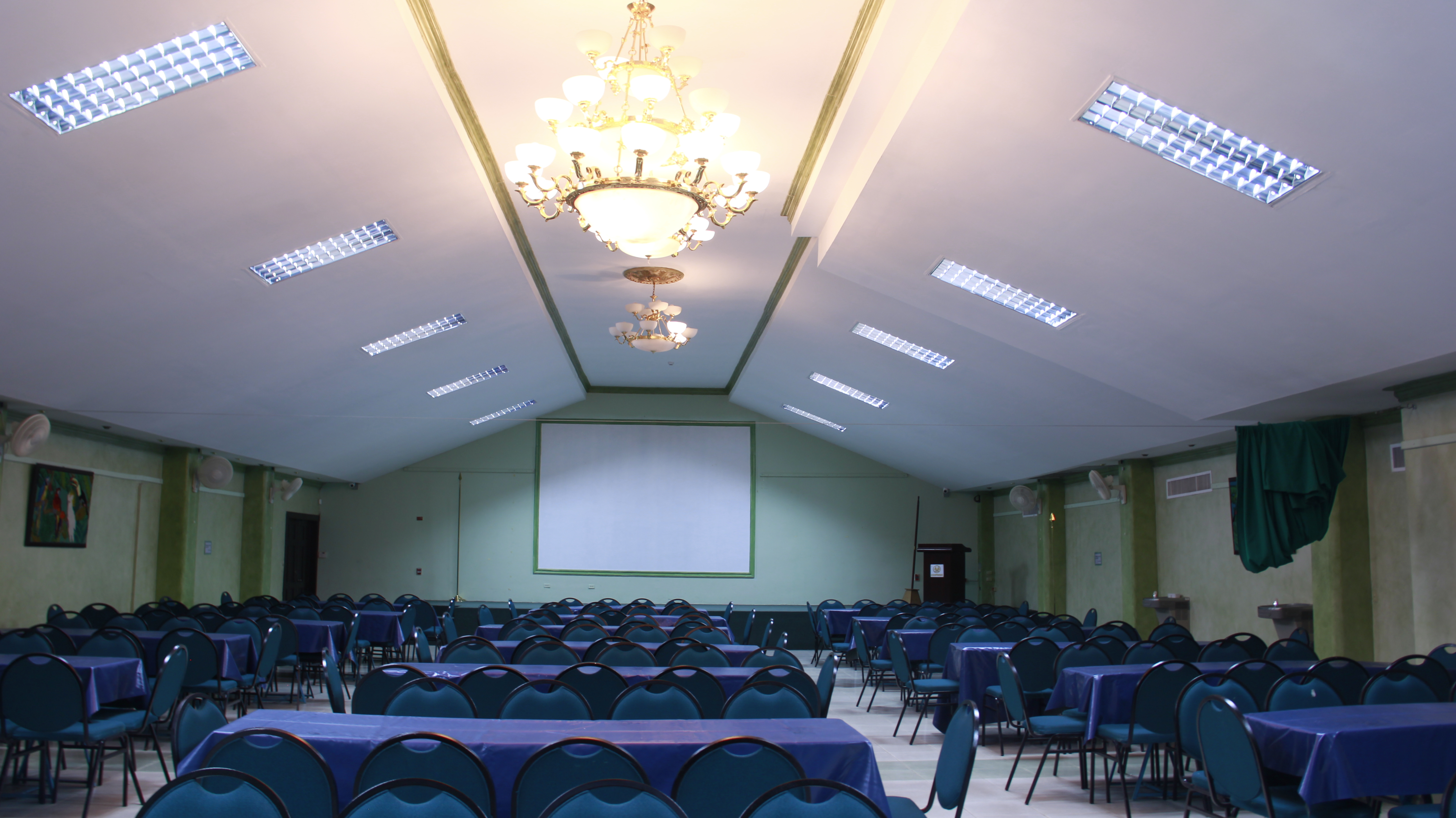 Reas para eventos fucer for Acropolis salon de eventos